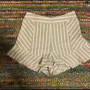 Ruffle mint striped shorts